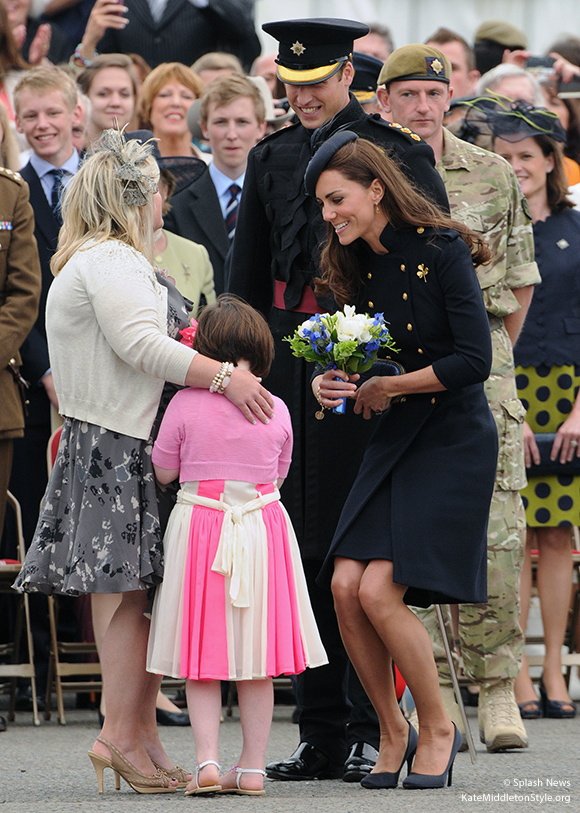 Kate visits the Irish Guard