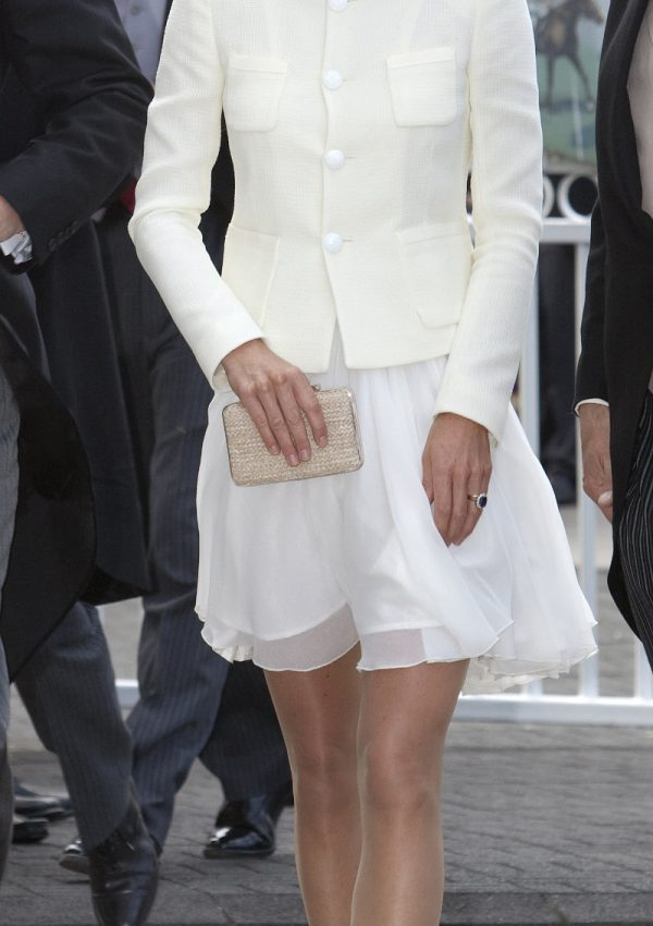 Kate Middleton attends the 2011 Epsom Derby