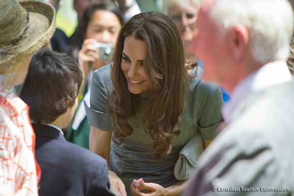 Kate meets with people at the Canadian War Museum