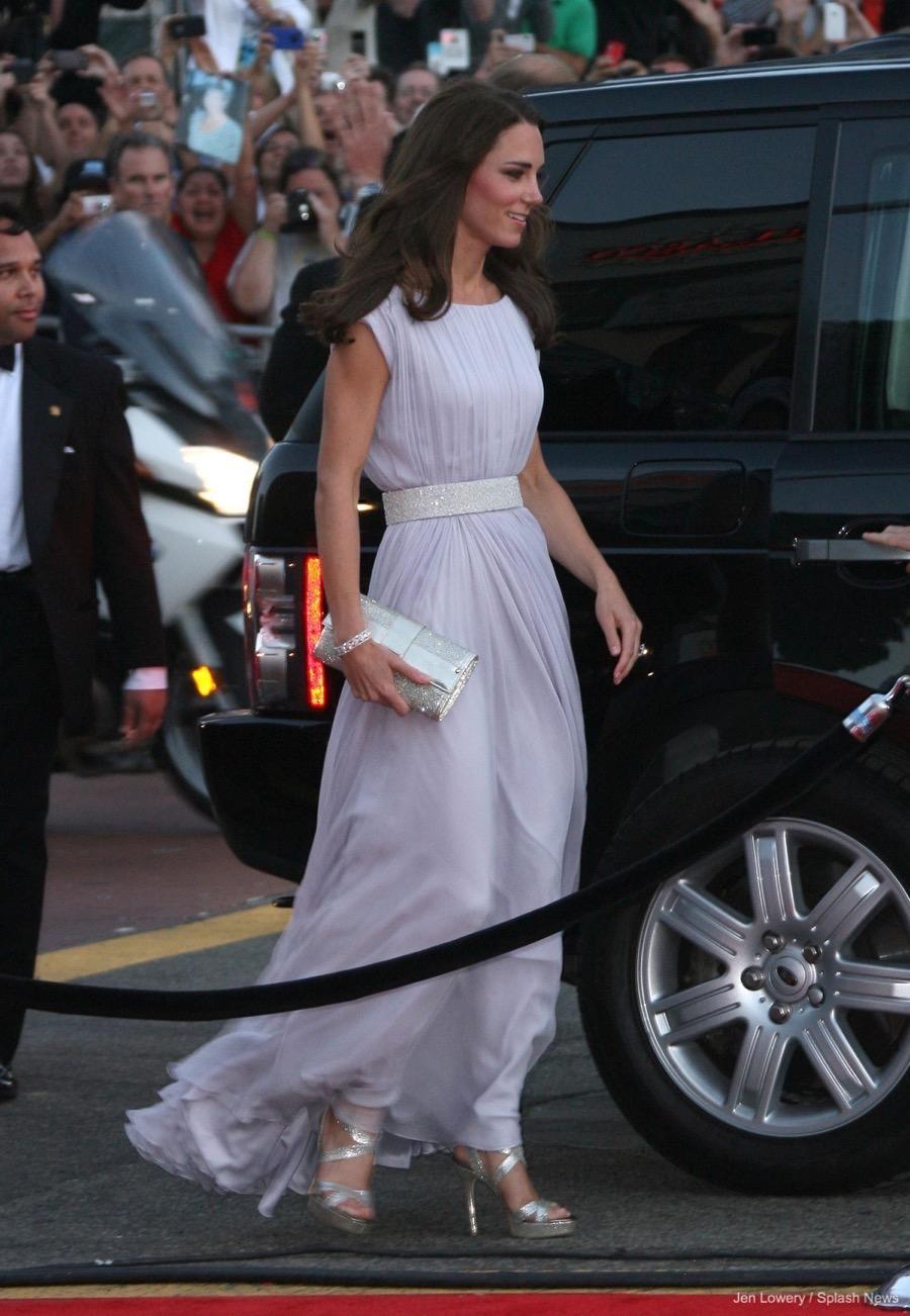 a30119e1bd55 ... Jimmy Choo Ubai clutch. Kate Middleton s dress at the BAFTAS in 2011
