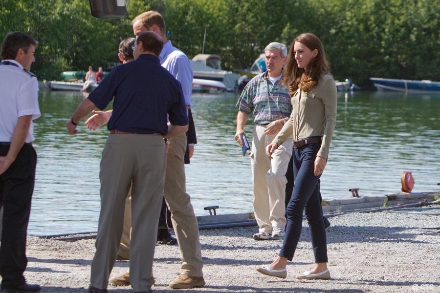 Kate Middleton wearing her Sebago Bala Dock shoes in Canada, 2011
