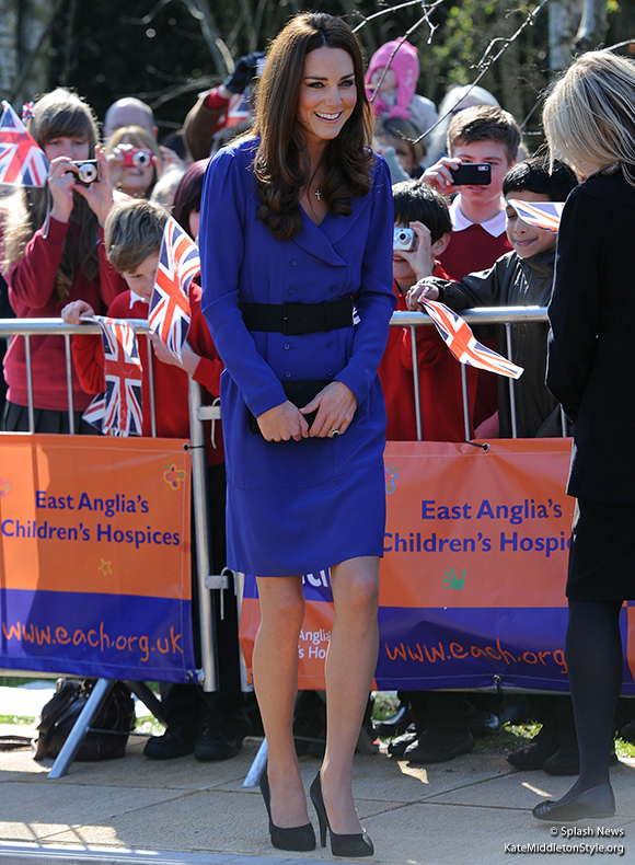 Kate wears REISS to the EACH Treehouse visit