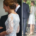 kate wearing a blue lace temperley dress