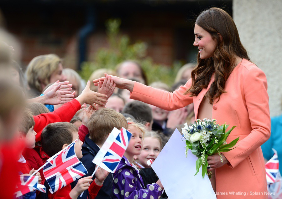 Kate Middleton visiting Naomi House Hospice