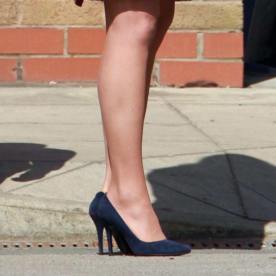 Kate Midldeton's blue suede Alexander McQueen pumps