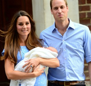 ROYAL COUPLE LEAVE HOSPITAL: Catherine & William give world first glimpse of new baby Prince