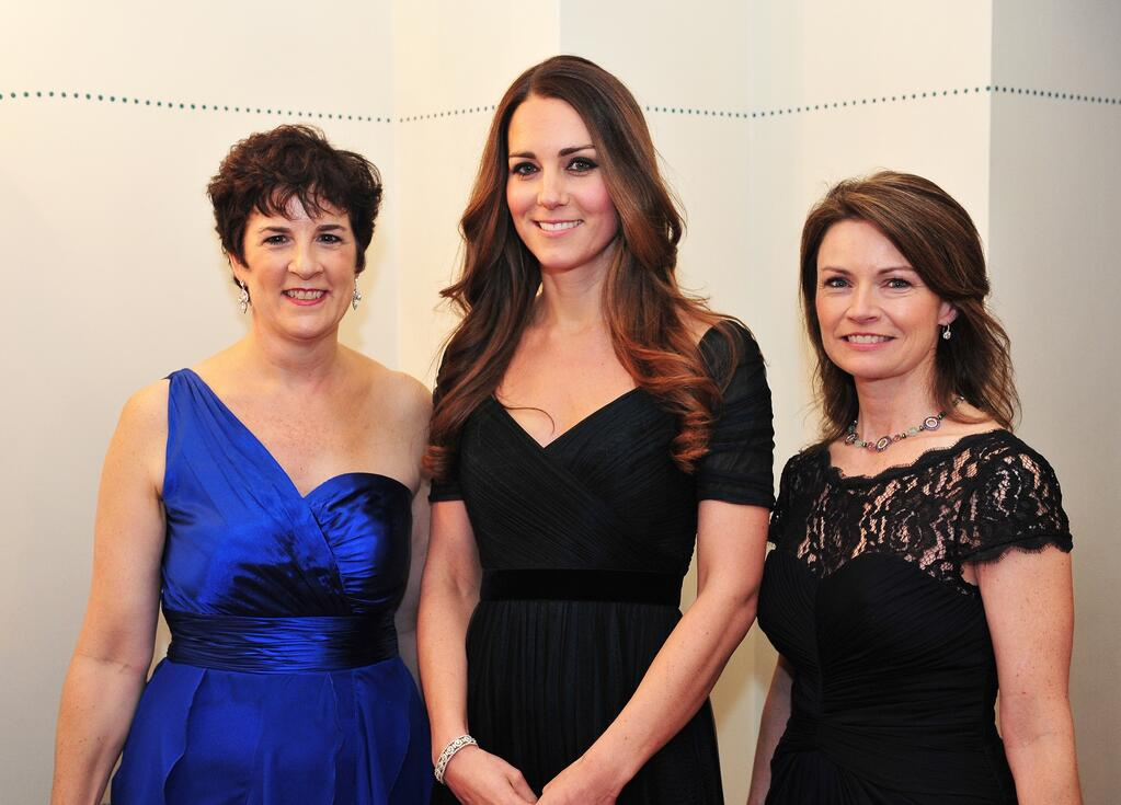 Kate dazzles at the 100 Women in Hedge Funds Gala in blue Jenny Packham dress