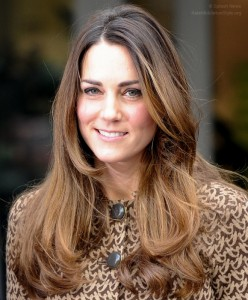 Kate visits Only Connect charity; repeats Orla Kiely Birdie dress