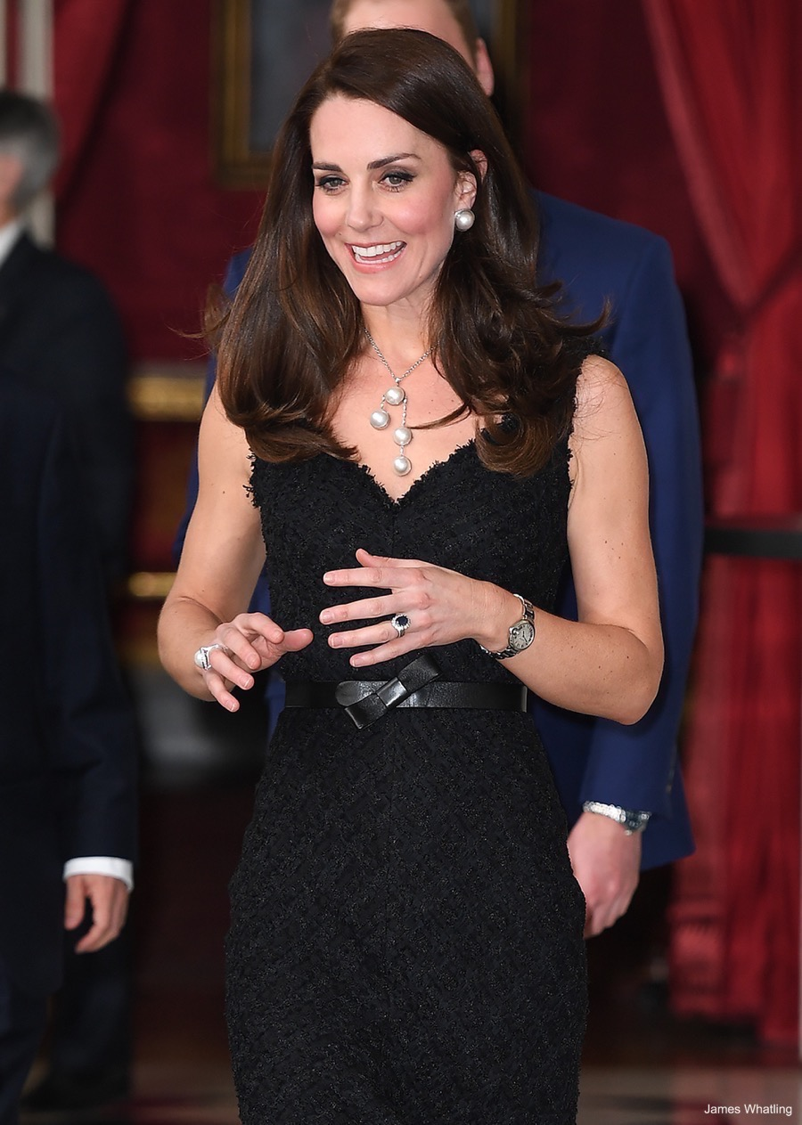 Kate Middleton wearing her engagement ring in Paris in 2017