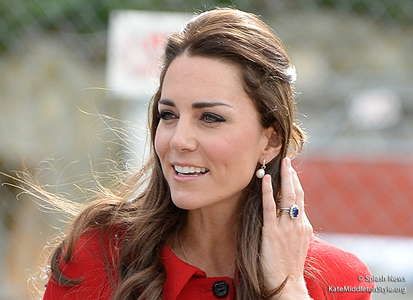 Kate wearing her engagement ring during the New Zealand tour