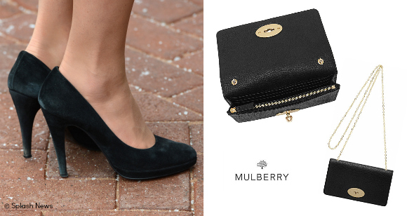 Left: Episode Angel pumps, pictured back in 2012.    Right: Mulberry Bayswater clutch bag. Pictured here in black leather. Kate's is suede.