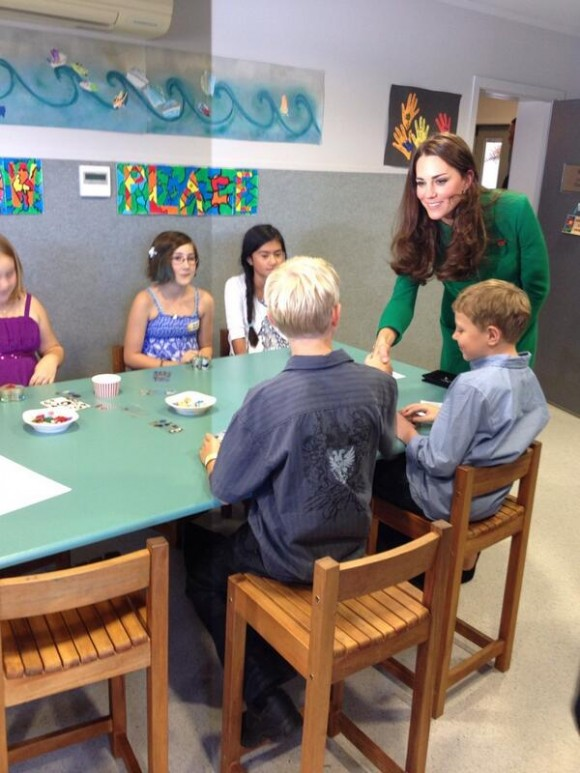 Duchess of Cambridge takes part in an art therapy session.  Kate visits the hospice.  Photo courtesy of Governor-General of NZ @GovGeneralNZ