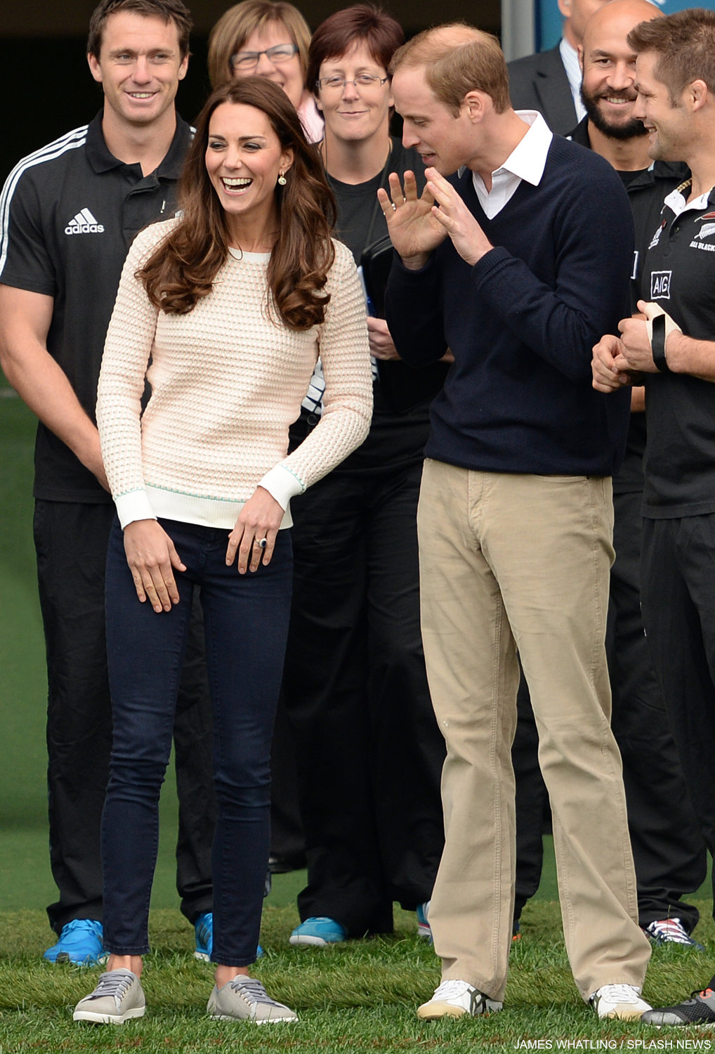 Kate Middleton wearing the Jonathan Saunders oval sweater in Dunedin, New Zealand to coach a rugby team