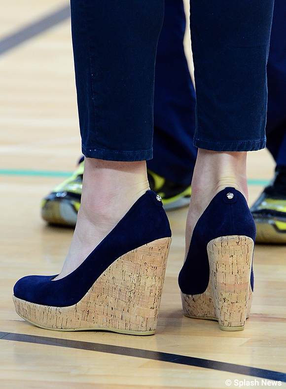 Kate wearing her Stuart Weitzman Corkswoon Wedges