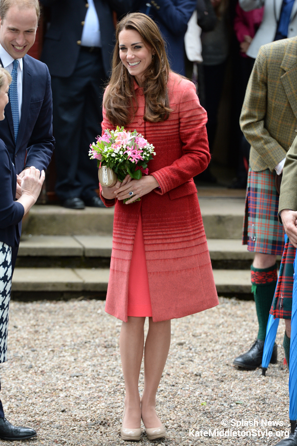 Kate's outfit in Scotland
