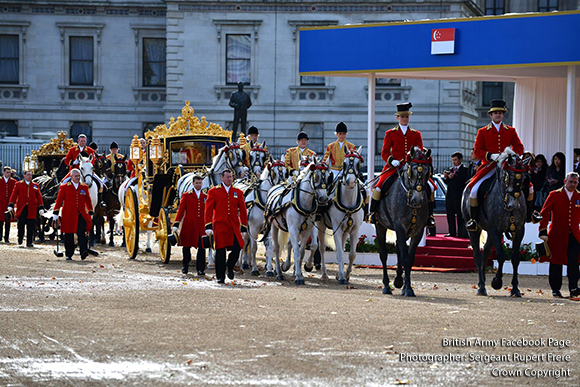 On Horse Guards Parade amid all the colour and ceremony of a Household Division Guard of Honour, Her Majesty The Queen and His Royal Highness The Duke of Edinburgh have formally welcomed to Britain the President of the Republic of Singapore and Mrs Tony Tan Keng Yam.