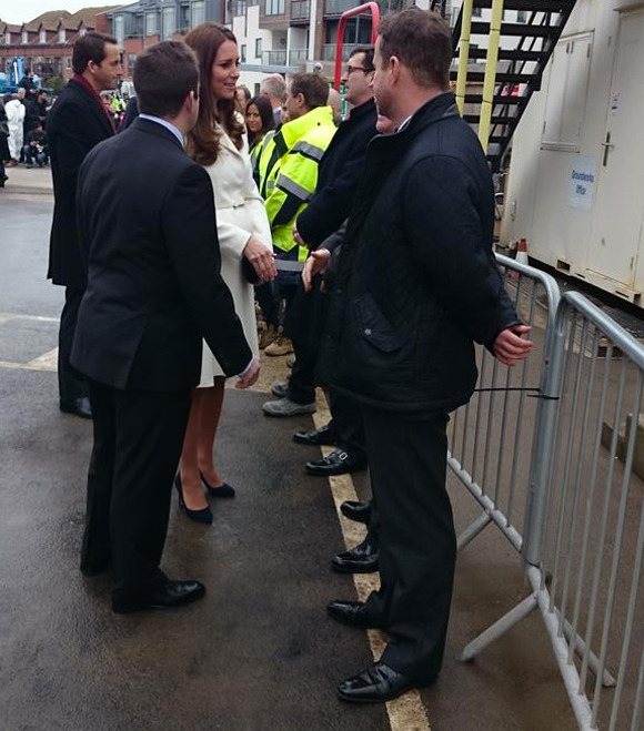 The Duchess of Cambridge meets construction crew of the new Ben Ainslie Racing HQ in Portsmouth, via @KensingtonRoyal