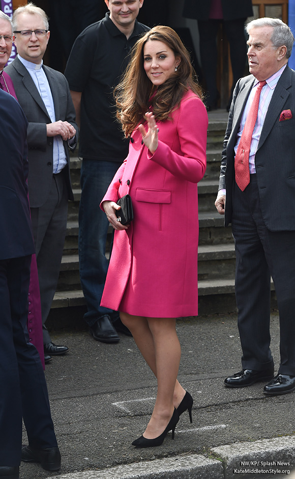 Kate Middleton wears Stuart Weitzman Power pumps