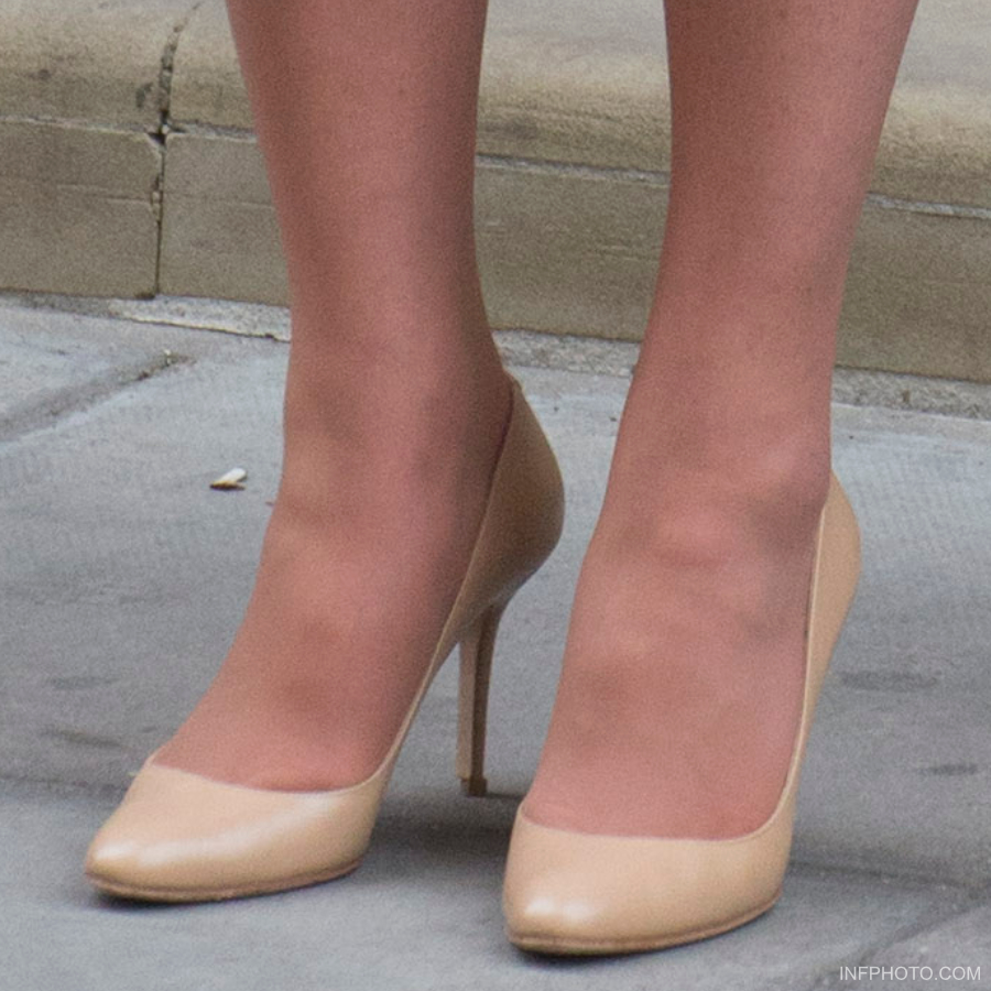 Kate Middleton's nude Jimmy Choo shoes