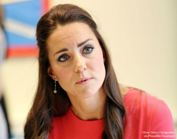 Kate wears the Links of London Effervescence bubble drop earrings at a Place2Be event
