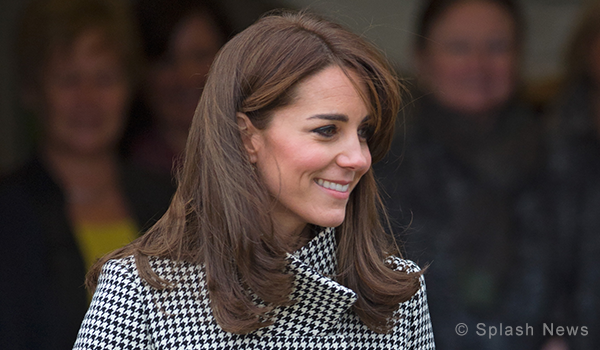 Kate snapped out shopping in London