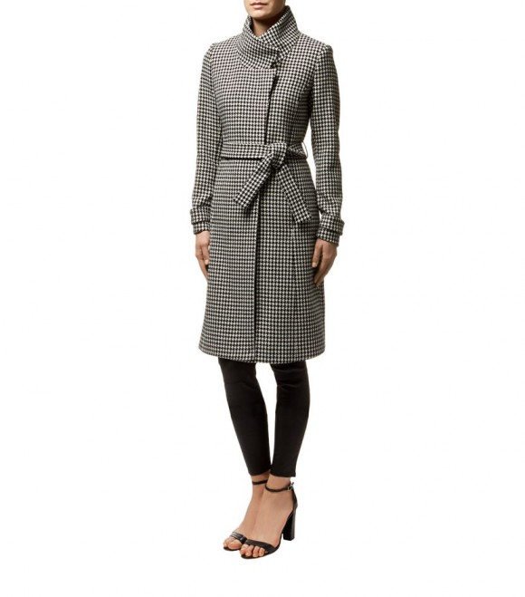 Reiss Rubik Houndstooth Coat on the model