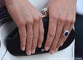 Kate's Anya Hindmarch maud bag with visible logo