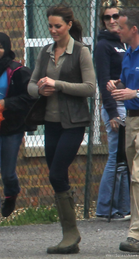 Kate wears her Le Chameau Veirzon wellington boots while with the local Scouting group