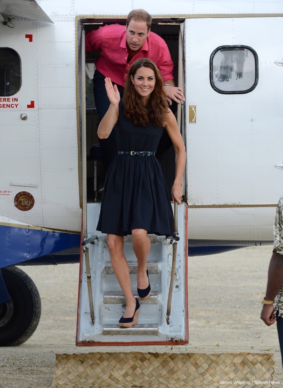 Kate Middleton wearing her Corkswoon wedges