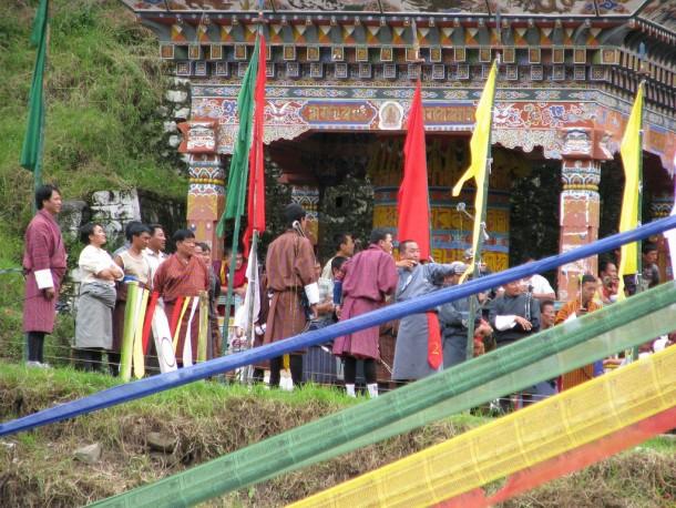 Archery_Tournament,_Lhuentse,_Bhutan