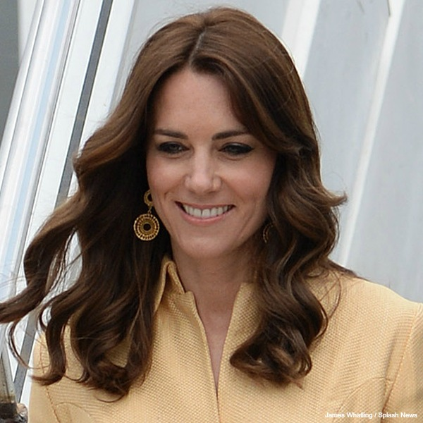 Kate Middleton gold earrings