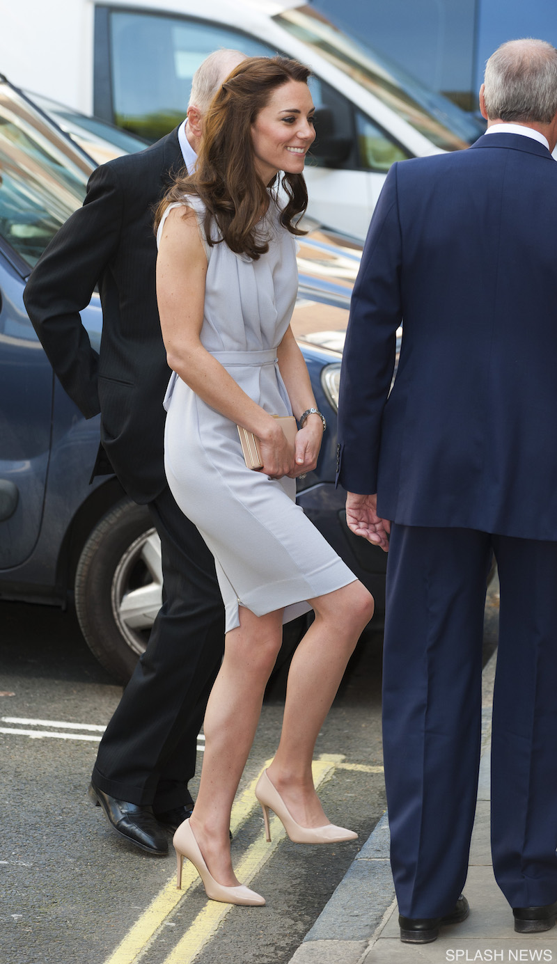 Kate wearing the L.K. Bennett Fern shoes and carrying the L.K. Bennett Nina clutch
