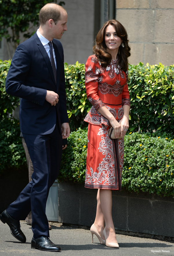 Kate Middleton wearing the L.K. Bennett Fern heels during a visit to Mumbai in 2016