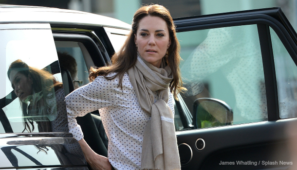 Kate opts for casual chic on Safari