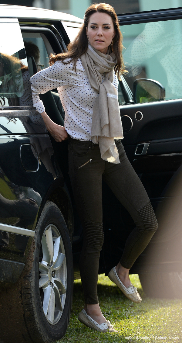 Kate Opts For Casual Chic On Safari Kate Middleton Style Blog