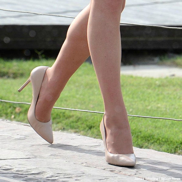 Kate Middleton's new nude pumps from the India tour in 2016. They're by L.K. Bennett