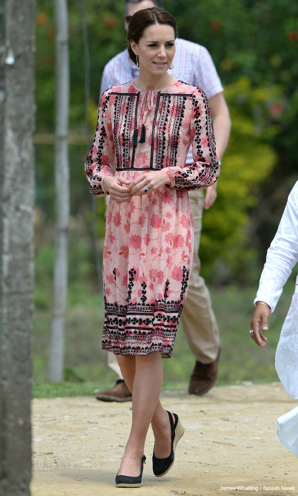 Kate Middleton wears pink and black Topshop dress