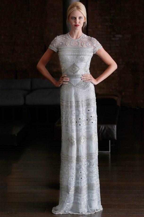Kate Middleton\'s Naeem Khan white & blue embroidered dress