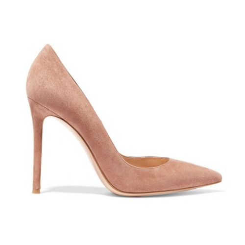 Kate Middleton wears the Gianvito Rossi 105 pumps in beige/praline