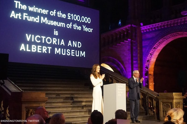 Kate Middleton presenting the Art Fund award at the Natural History Museum tonight