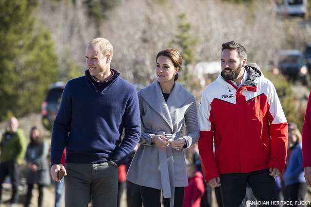 Kate keeps it casual in Carcoss while showcasing local designers