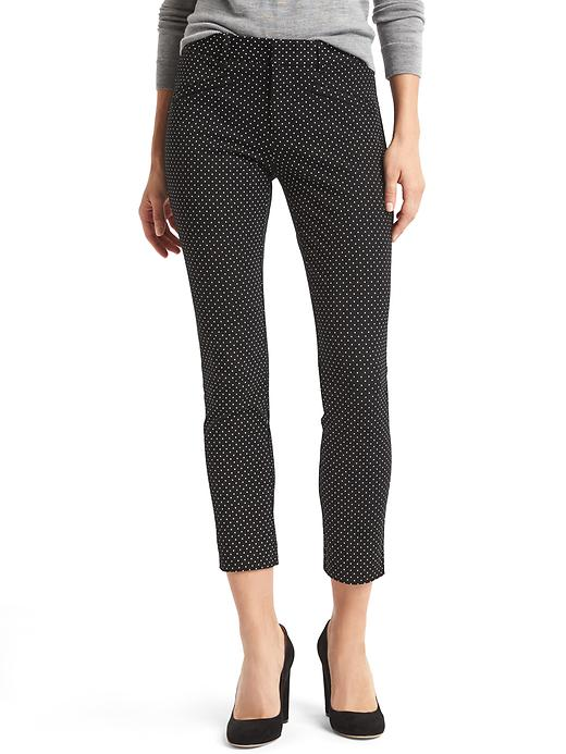 Kate Middleton's trousers in black polkadot print
