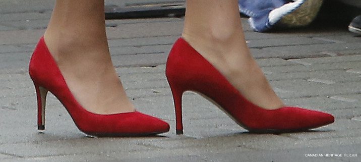 Kate Middleton's red suede shoes