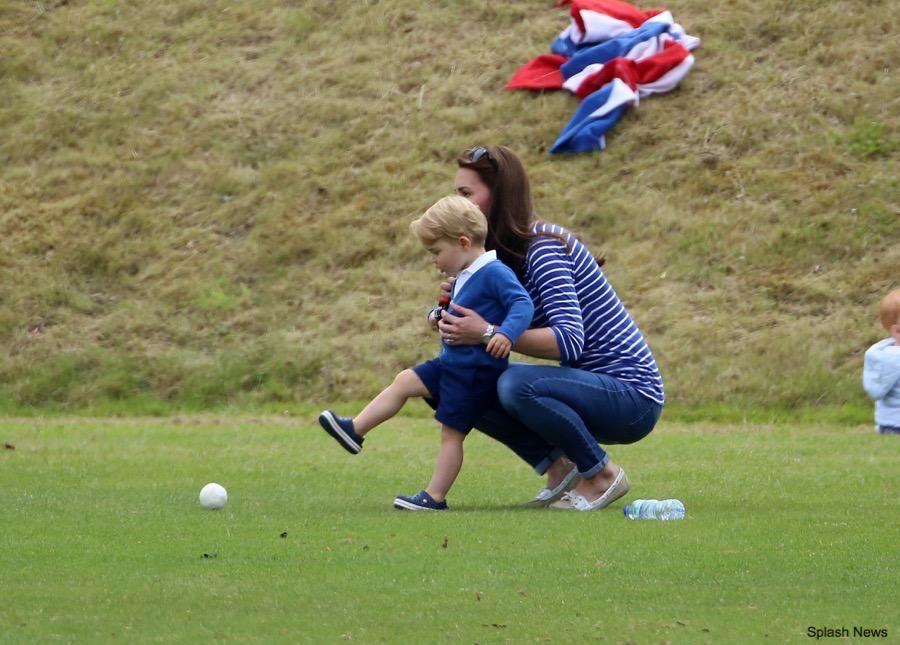 Kate Middleton wearing her Sebago Bala shoes