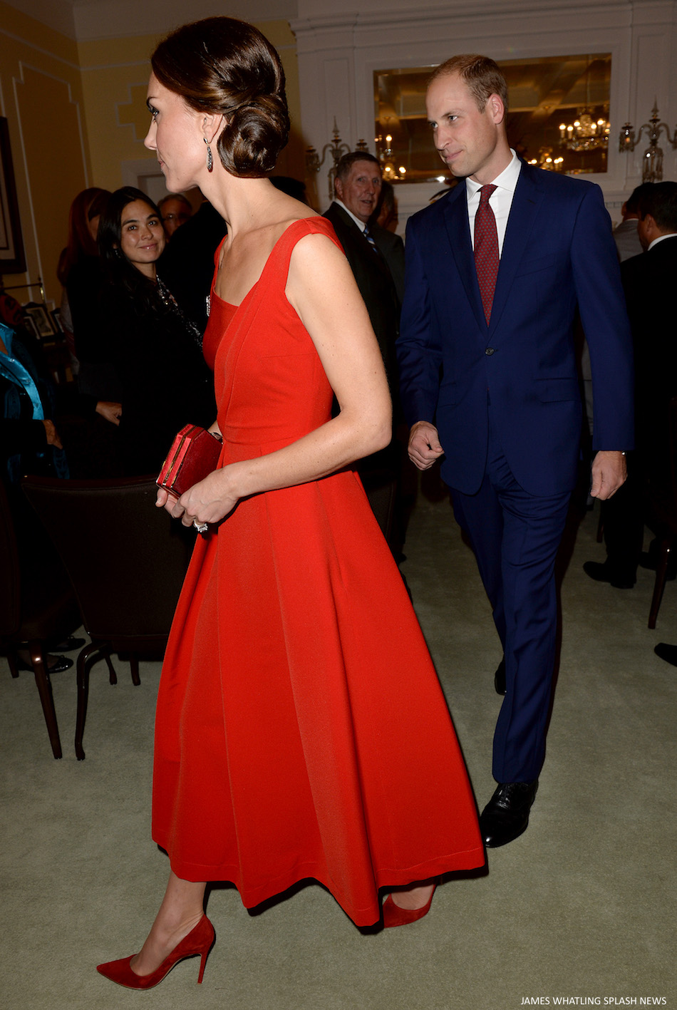 Kate Middleton wearing red Gianvito Rossi pumps