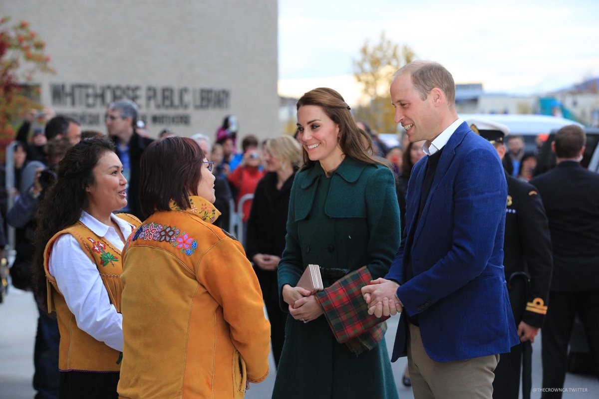 Kate Middleton's green coat in Canada