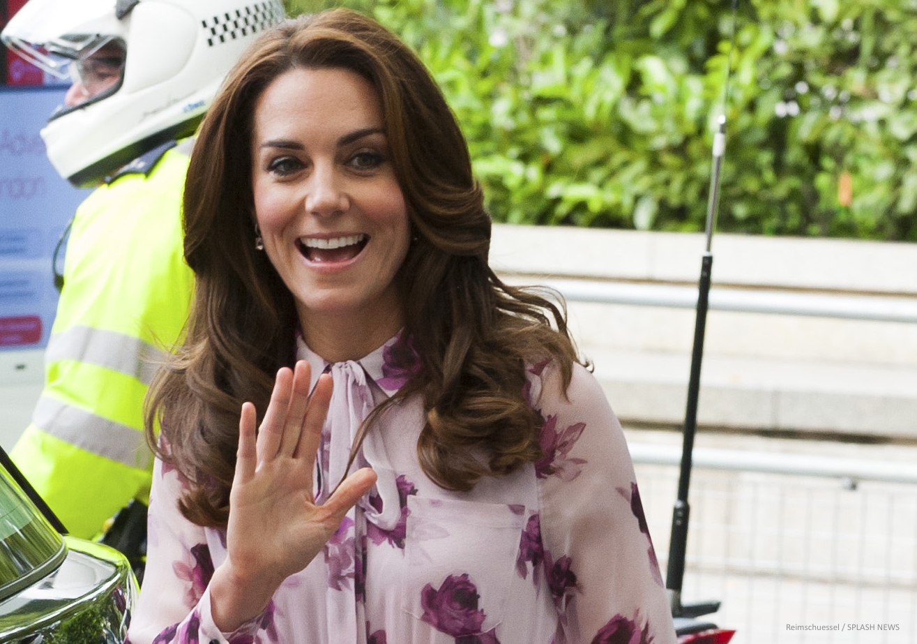 William, Kate & Harry help celebrate World Mental Health Day at the London Eye