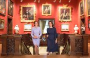 Kate Middleton views Paintings at the Mauritshuis museum