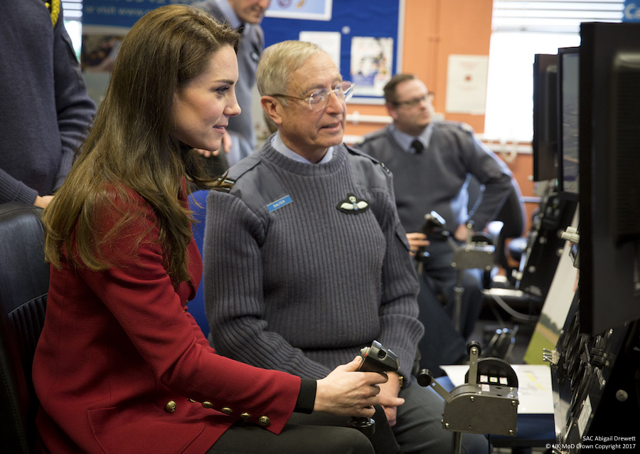 Kate Middleton uses a Simulator
