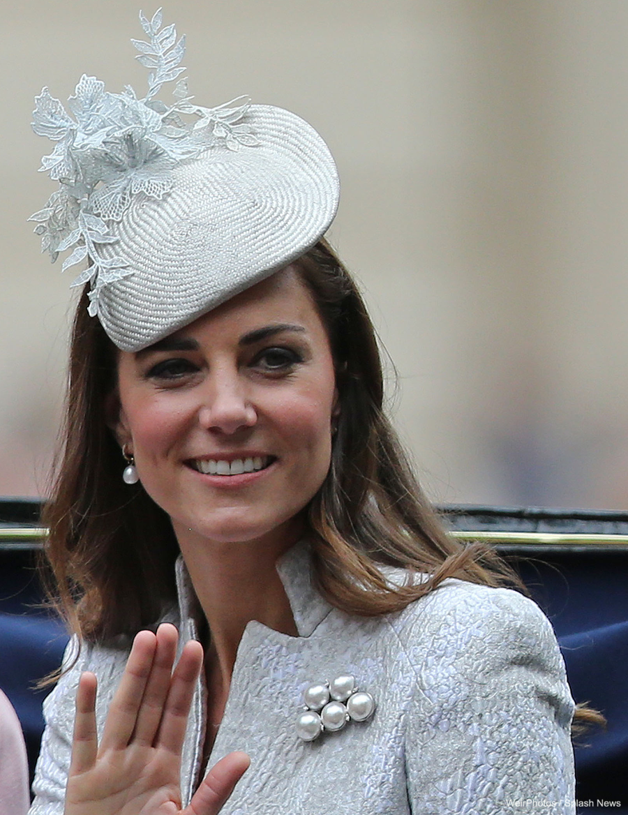 Kate Middleton's brooch at Trooping the Colour in 2014